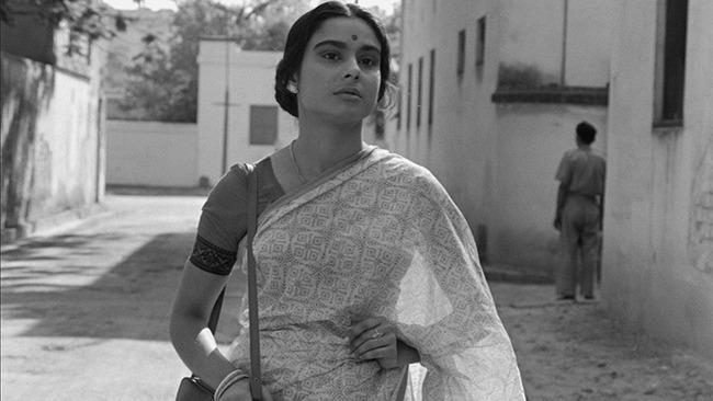 La grande città (Mahanagar), S. Ray, India, 1963, 131'